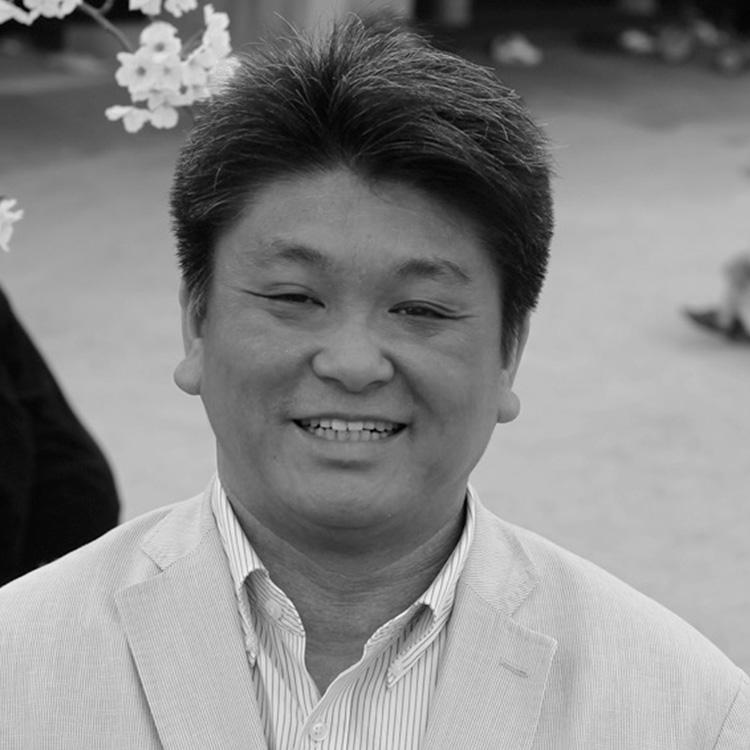 大塚謙太郎氏